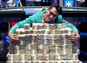 Антонио Эсфандиари: биография профессионального игрока в покер