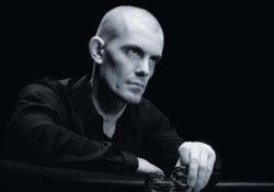 Гус Хансен: биография покериста