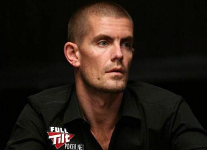 Гас Хансен: биография игрока